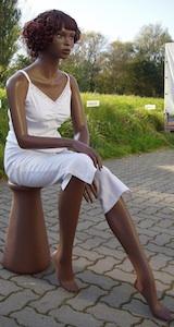 Female Sitting LZM4