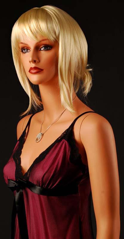 Female Fiberglass Italian Mannequin em4