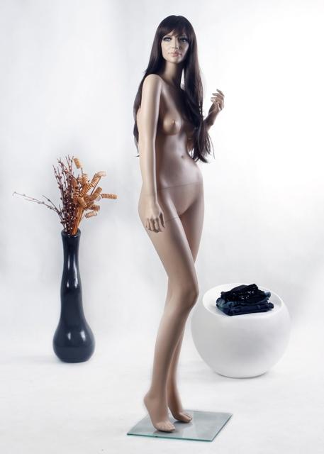 Sexy Female Ros7