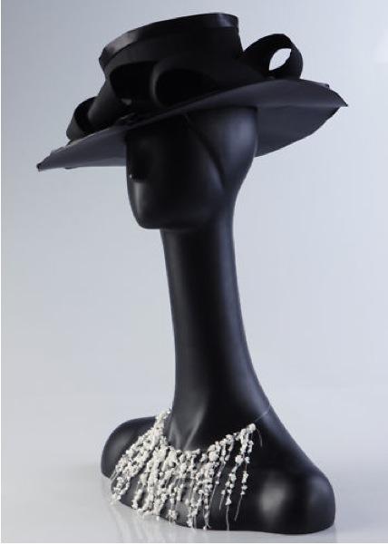 Female Fiberglass Italian Mannequin H16
